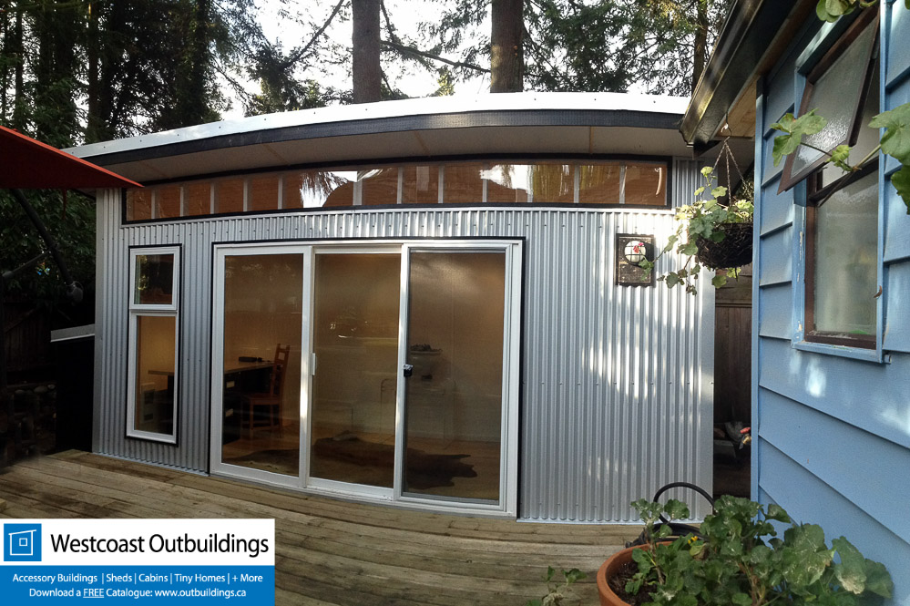 Contemporary backyard office deep cove north vancouver for Outdoor office building